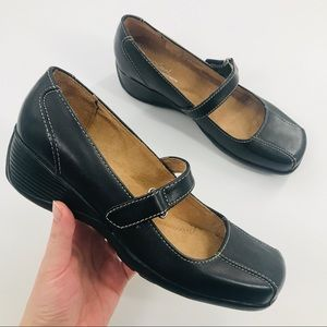 LIKE NEW Natural Soul by Naturalizer Addie Loafer